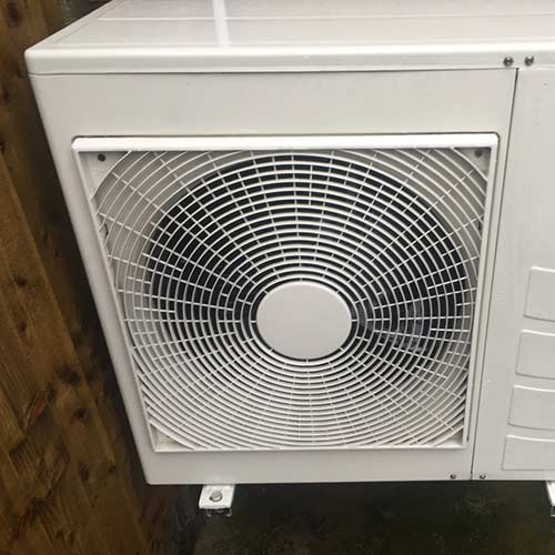 A floor mounted cellar cooling unit